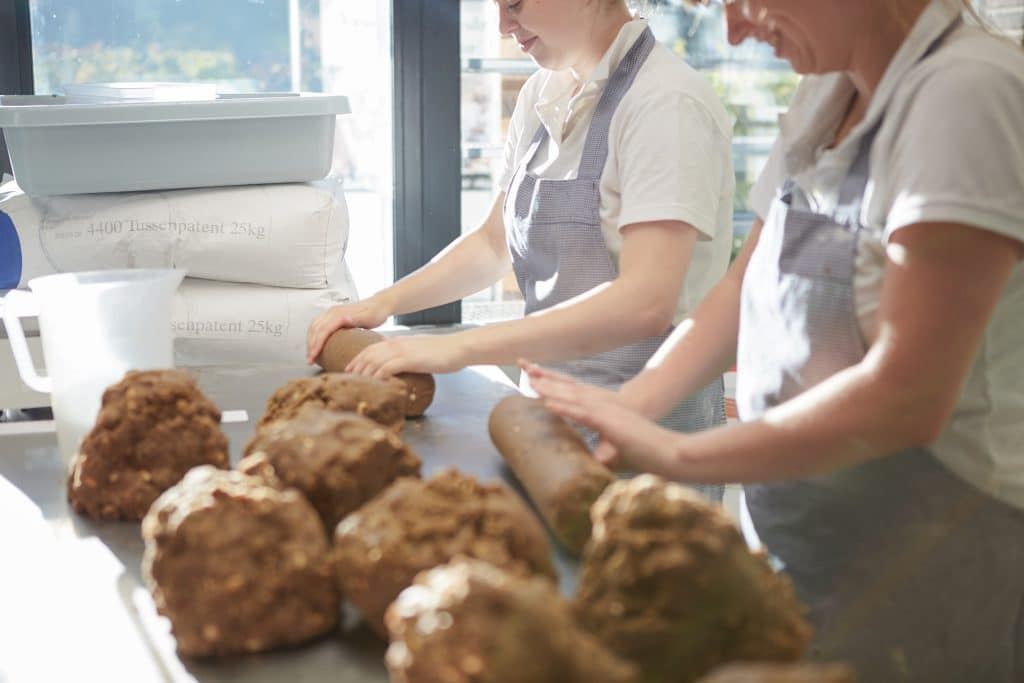 Vroeg bakkerij foodconcept enbiun