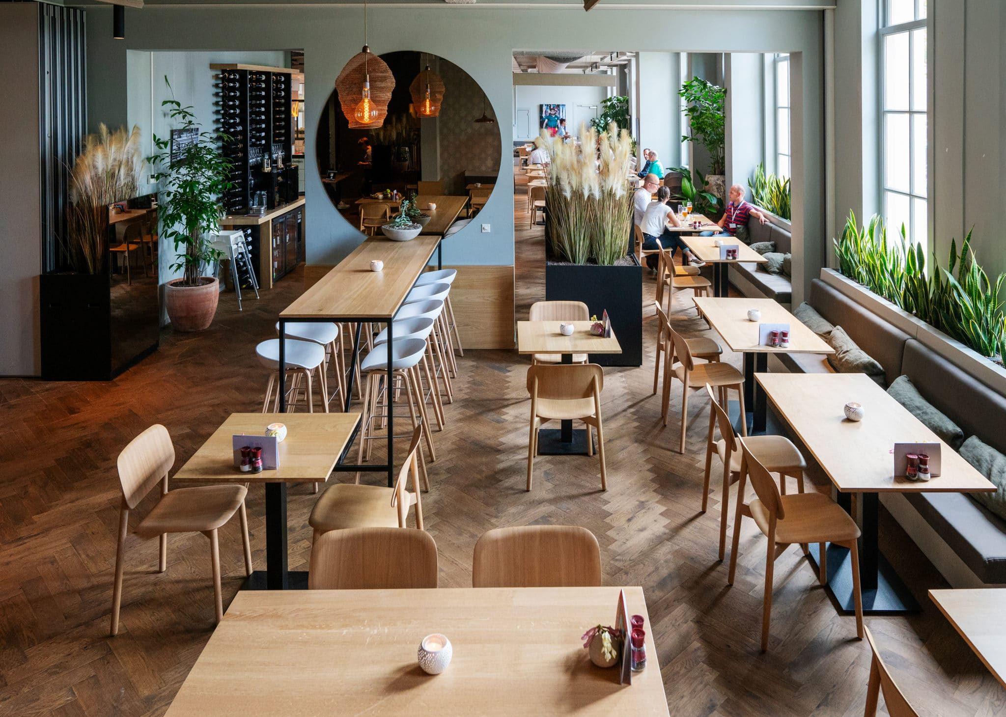 Overview and dishes of 'de Utrechter' by: Serge Ligtenberg