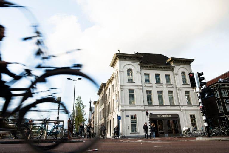 Vooraanzicht van Stadsbrasserie en Bar de Utrechter