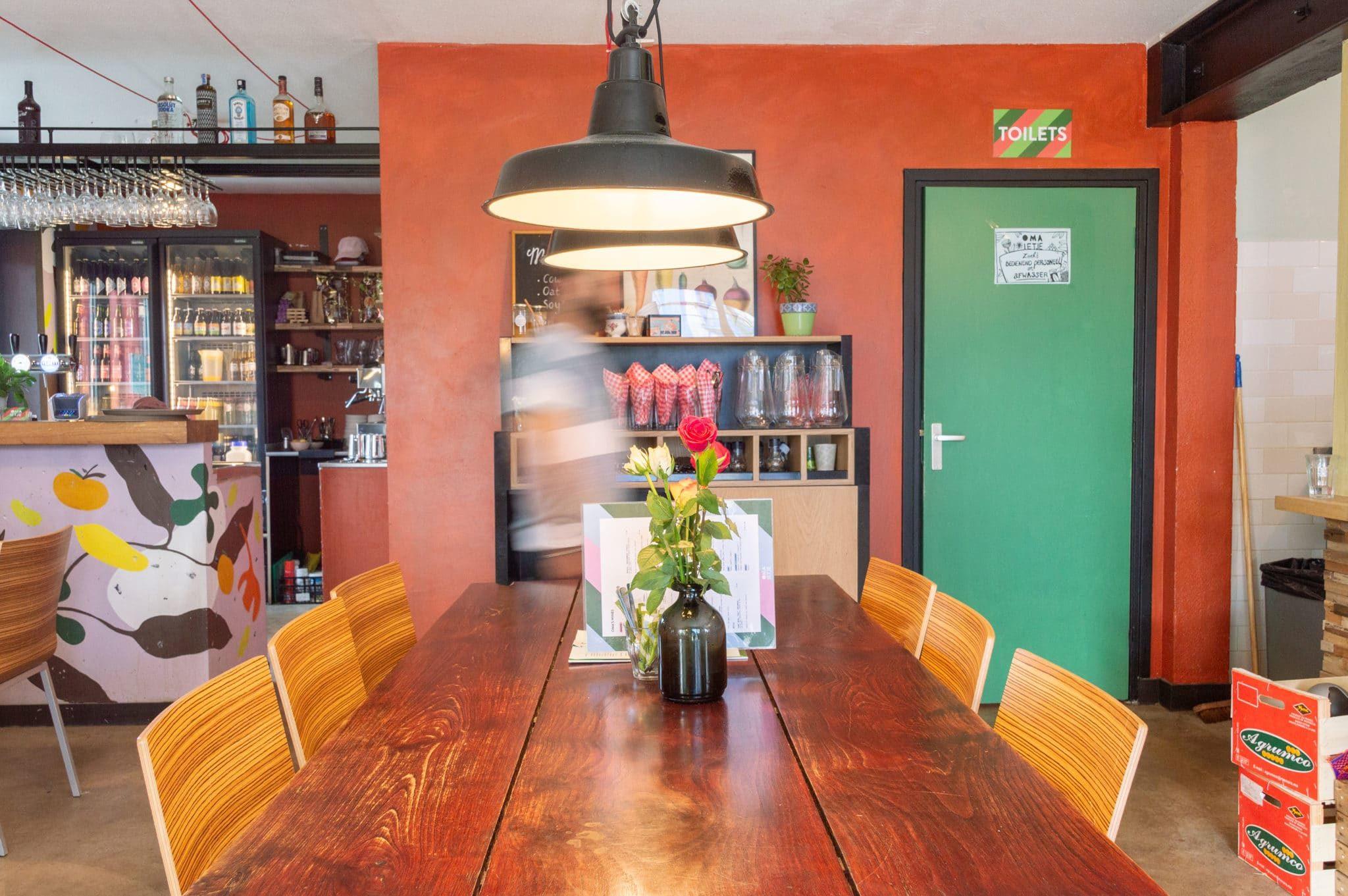 interieur update container restaurant Amsterdam zuid