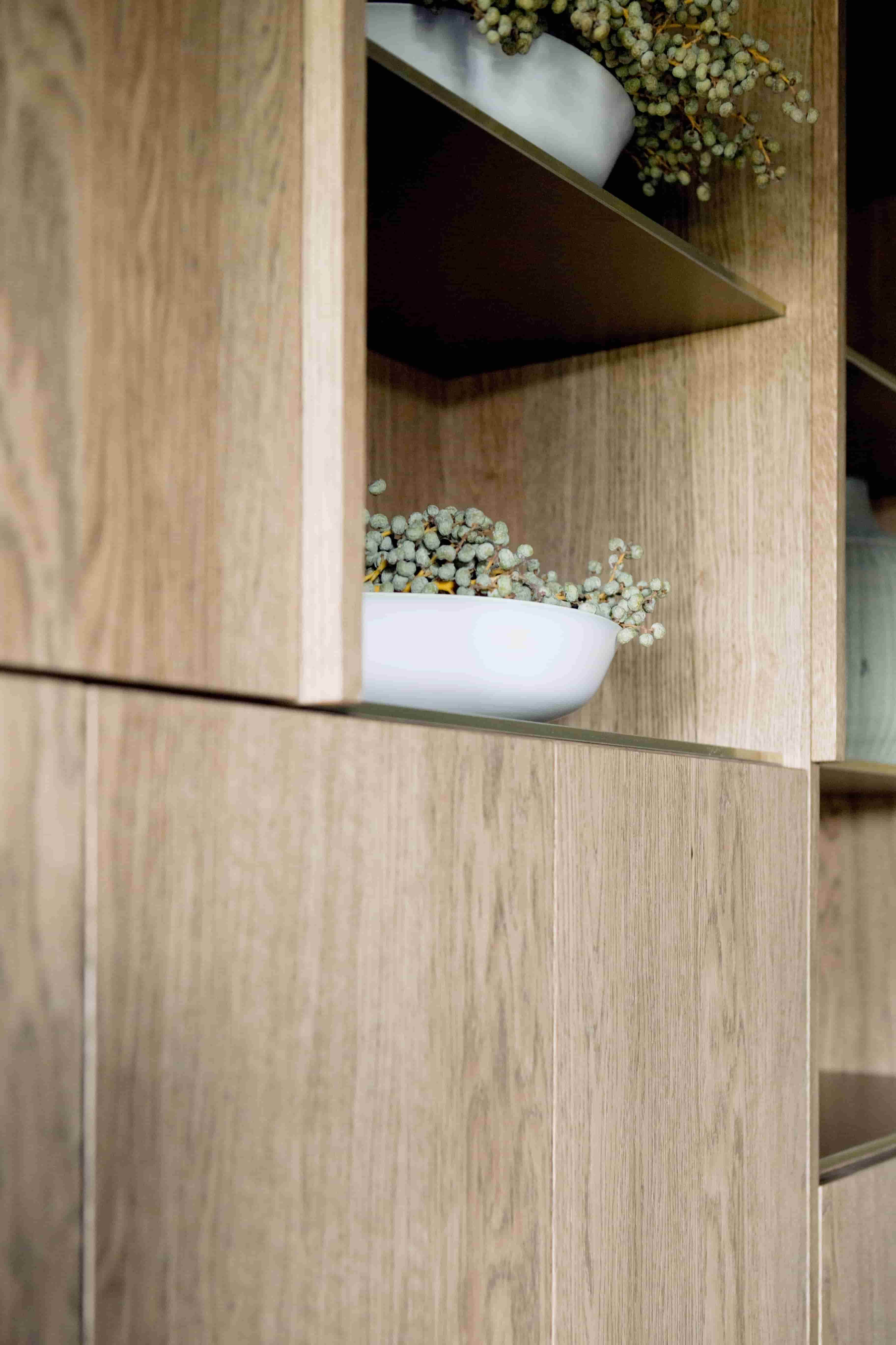 styling decoration van rietschoten design walnut wood custom closet anbiun enbiun enbium