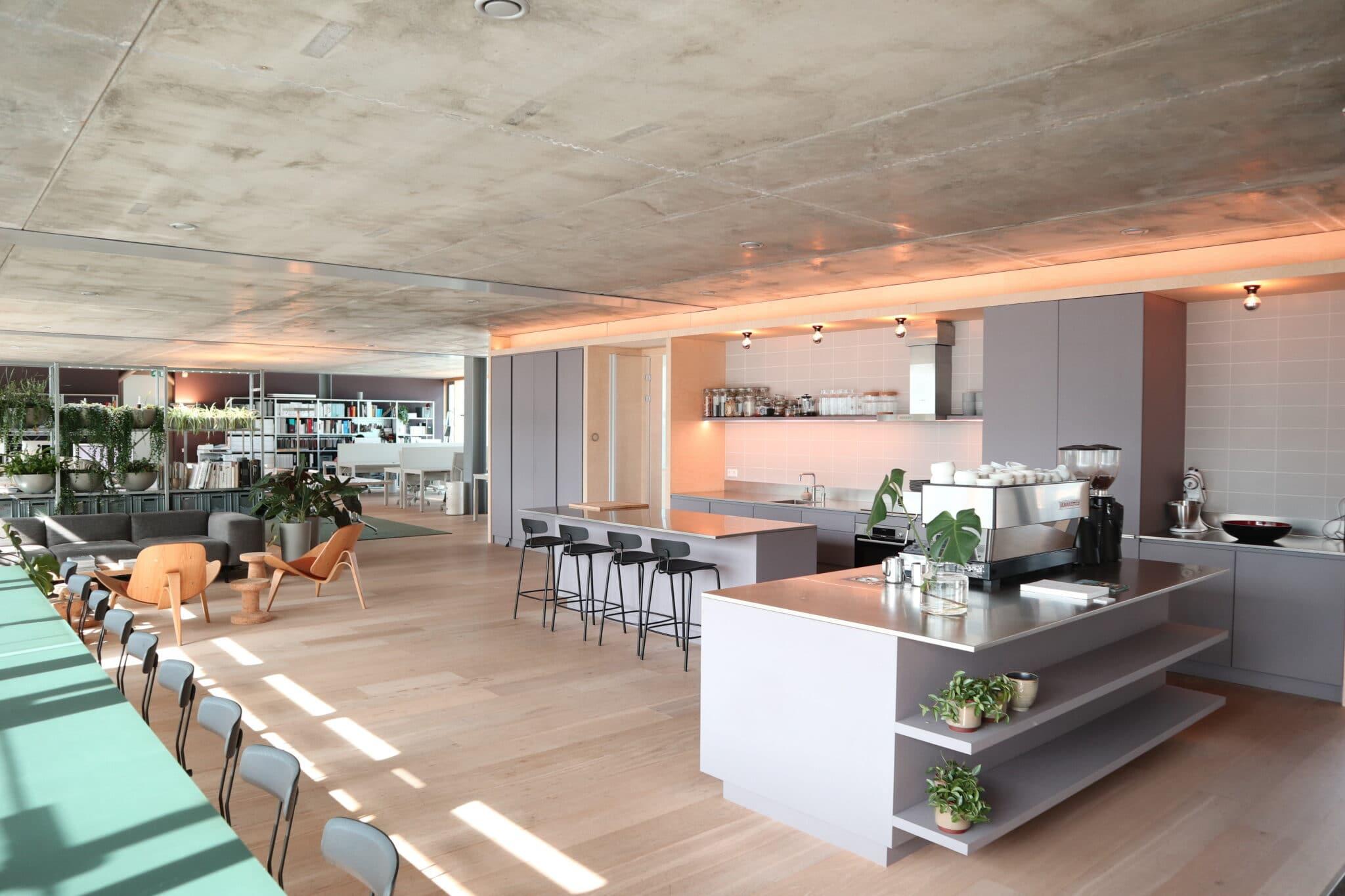 studio_shared kitchen