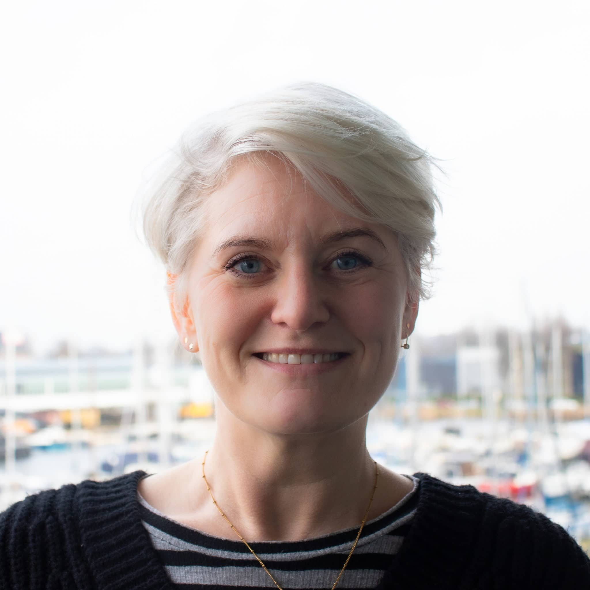 Carolien van der Haas, Amsterdam enbiun administratie finance